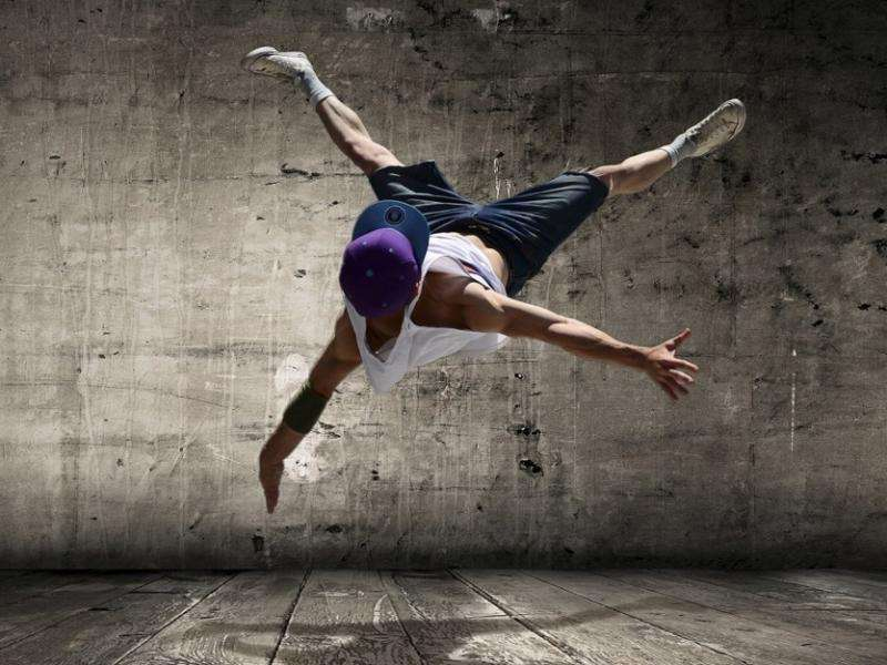 Street-dancer, hip hop.